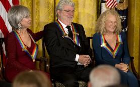 Джордж Лукас получил награду от Центра исполнительских искусств имени Джона Кеннеди