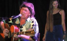 Основатель рок-группы Jefferson Airplane Пол Кантнер скончался на 75-м году жизни