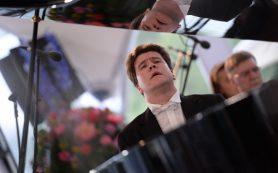Концерт для фортепиано с Денисом Мацуевым