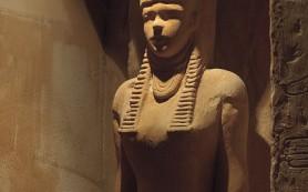 Музей Нортгемптона продаст древнюю египетскую статую, которая затем покинет Британию