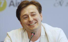 Безруков получил золотого льва за вклад в киноискусство на кинофестивале в Оренбурге