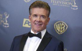 СМИ: актер Алан Тик скончался в возрасте 69 лет