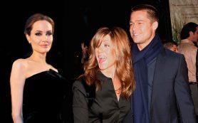 Питт извинился перед Энистон за Джоли