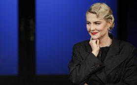Тандем Рената Литвинова — Земфира Рамазанова обеспечил аншлаг премьере Художественного театра