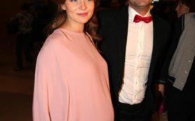 Почему актриса Снаткина скрывает ребенка