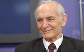 Путин поздравил актера Ланового с 84-летием
