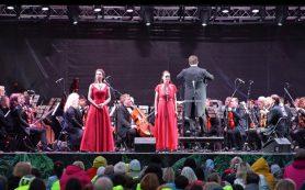 Прощальный букет: 100-й сезон опера МАМТа завершила на природе