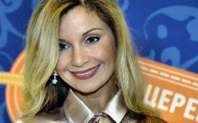 «Орлова уродует себя»: поклонники считают, что Ольга Орлова перестаралась с пластикой