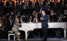 В воскресенье в Большом чествовали народного композитора