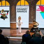Президент музыкальной премии «Грэмми» отстранена от должности