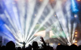 Короновирус может снизить гонорары поп и рок-звезд