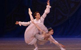 В Мариинке прошел первый в мире Гала-концерт звезд балета со зрителями