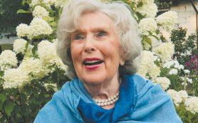 Вера Васильева рассказала об игре на сцене в 95 лет