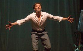 Безруков поставил и сыграл чеховского «Дядю Ваню»