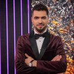 Ведущий шоу «Маска» признался, что плачет из-за участников