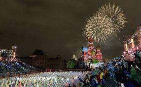 Сводный оркестр закрыл фестиваль «Спасская башня» в Москве