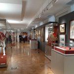 В Омске открылась выставка предметов из коллекции Эрмитажа